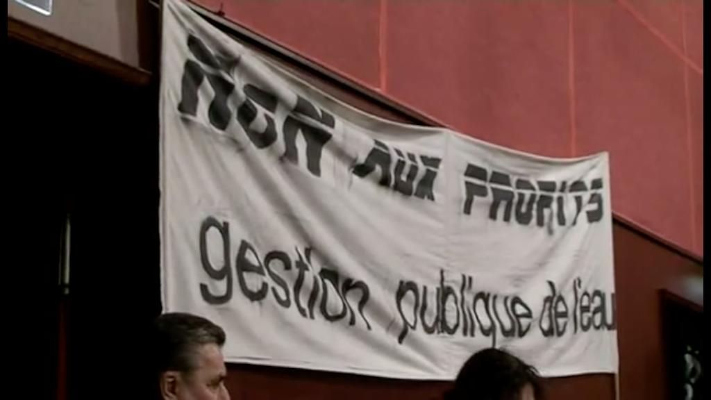 VEOLIA BASTA ! Irruption au vote du conseil communautaire le 23 novembre